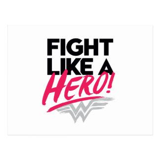 Mujer Maravilla - lucha como un héroe Postal