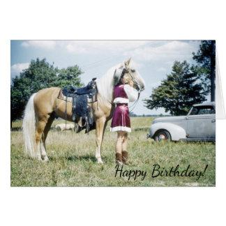 Mujer y caballo, deseo retro del cumpleaños del tarjeta de felicitación