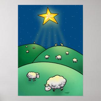 Multitud de ovejas debajo de la estrella del navid póster