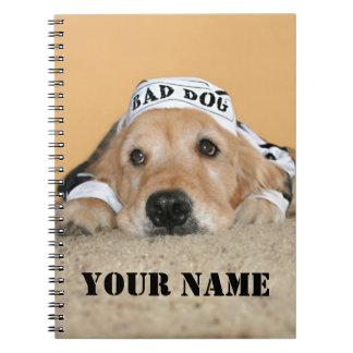 Mún preso del perro del golden retriever libro de apuntes