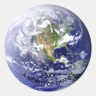 Mundo de gracias - pegatina del globo del círculo