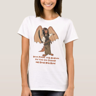 Muñeca de las señoras del dragón del pirata camiseta
