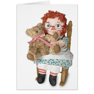 Muñeca de trapo y oso de peluche tarjeta de felicitación