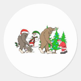 Muñeco de nieve de Bigfoot Santa Pegatina Redonda