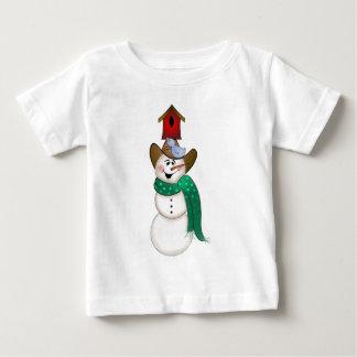 Muñeco de nieve del vaquero con el Birdhouse Camiseta