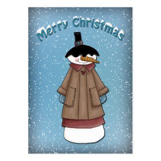 Muñeco de nieve divertido con la capa tarjetas de visita grandes