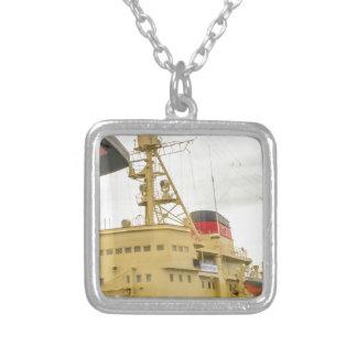 Museo de la nave de Unión Soviética Collar Plateado