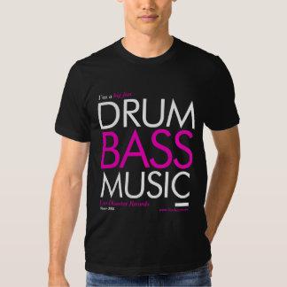 Música grande del tambor y del bajo de la fan camisetas