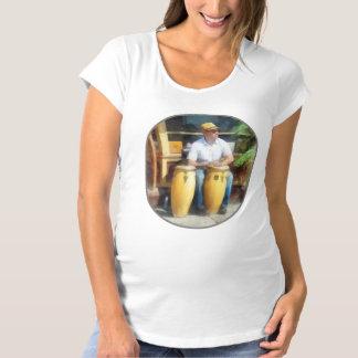 Músicos - jugar los tambores de bongo camiseta de premamá