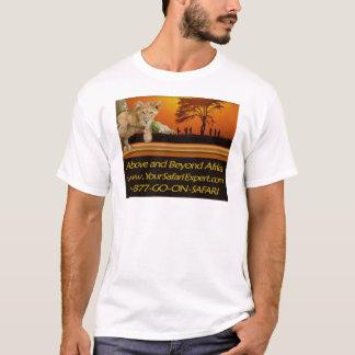 Muy por encima de la camiseta DE COLOR CLARO de