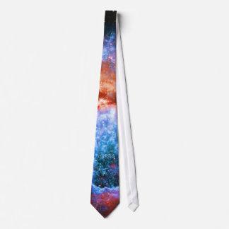 Nacimiento de la estrella del monograma en Cygnus Corbatas