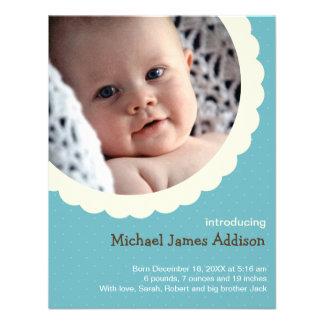 Nacimiento lindo del bebé del lunar de la foto azu invitacion personal