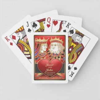 Naipes a juego del boda rojo del rey y de la reina