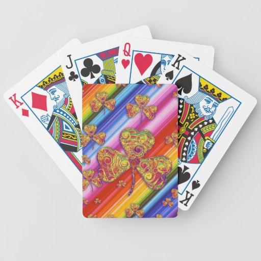 Naipes afortunados coloridos de los tréboles cartas de juego