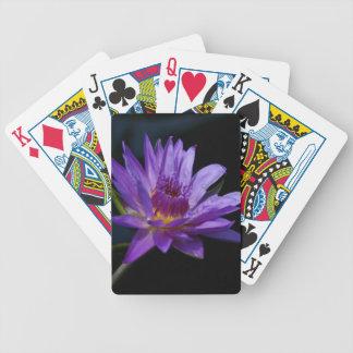 Naipes púrpuras de Waterlily Lotus