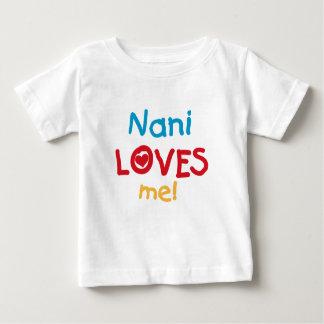Nani me ama las camisetas y los regalos