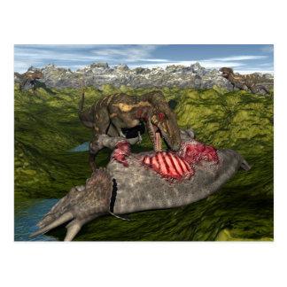 Nanotyrannus que come el triceratops muerto postal