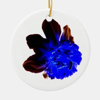 Narciso azul eléctrico del resplandor adorno redondo de cerámica