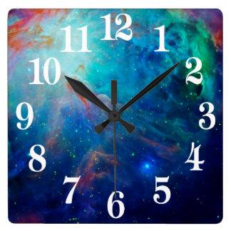 NASA brillante del azul de la nebulosa de Orión Reloj Cuadrado