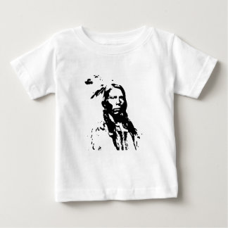 Nativo americano loco del caballo camiseta de bebé