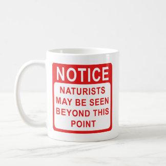 Naturists, taza de la muestra de la playa del