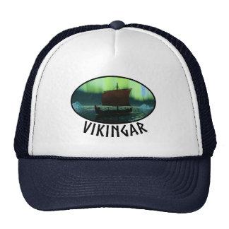 Nave y aurora boreal de Viking Gorras