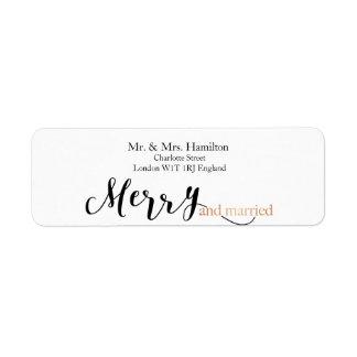 """Navidad """"Felices y casados"""" de la tipografía color Etiqueta De Remitente"""