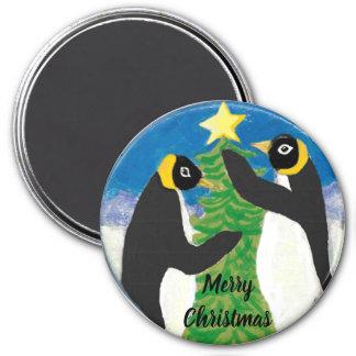 Navidad grande, imán redondo del pingüino de 3