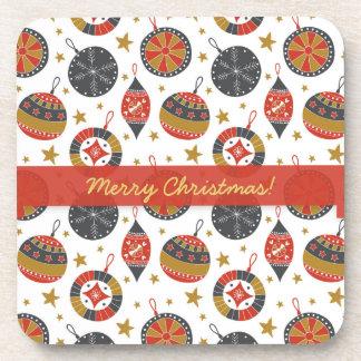 Navidad gris rojo del oro que cuelga bolas y las