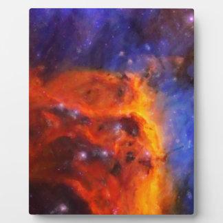 Nebulosa galáctica abstracta con la nube cósmica 5 placa expositora