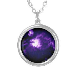 Nebulosa púrpura de Orión: Galaxia Collar Plateado