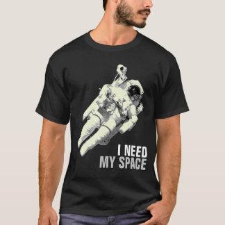 Necesito mi camisa del astronauta del espacio