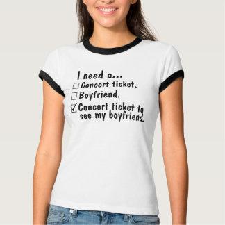 Necesito un boleto del concierto. Novio. Boleto Remera