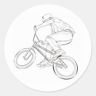 Negro/blanco del dibujo lineal de la bicicleta pegatina redonda