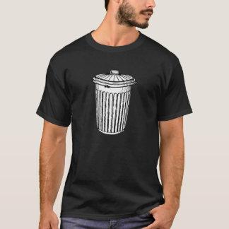 Negro de la camiseta de la basura blanca