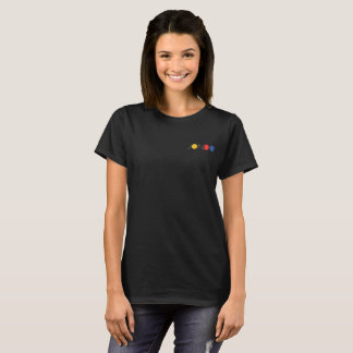Negro de la camiseta de las mujeres de JONDO