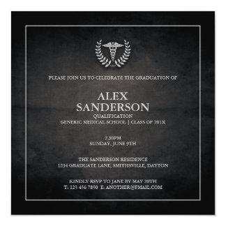 Negro de la invitación el | de la graduación de la