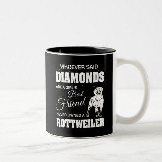 Negro de Rottweiler de los diamantes taza del