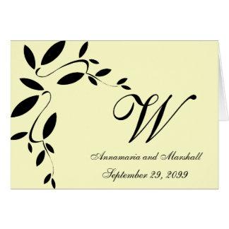 Negro e invitación formal del boda de las hojas de tarjeta pequeña