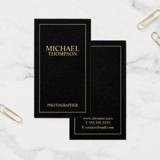 Negro elegante profesional y oro tarjeta de visita