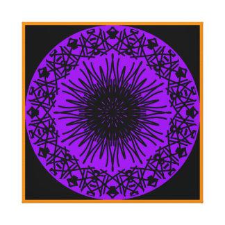 Negro en la impresión púrpura de la lona