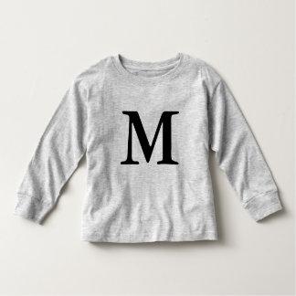 Negro inicial con monograma de la camiseta de la