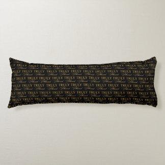Negro verdad bendecido y oro de la tipografía el   cojin cama