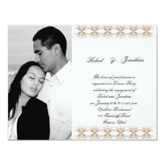 Negro y compromiso gay del boda del oro invitación 10,8 x 13,9 cm