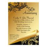 Negro y invitación del aniversario de boda del oro