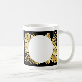 Negro y plantilla tropical elegante de las hojas taza de café