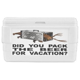 Nevera ¿Usted embaló la cerveza para las vacaciones?