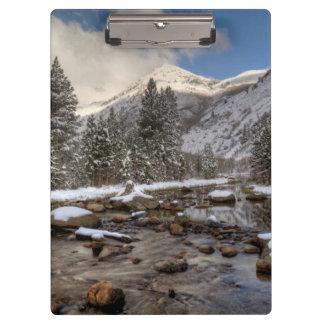 Nieve de la primavera, Sierra Nevada, CA