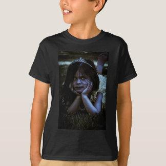 Niña espeluznante camiseta