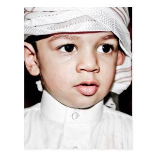 Niño árabe postal